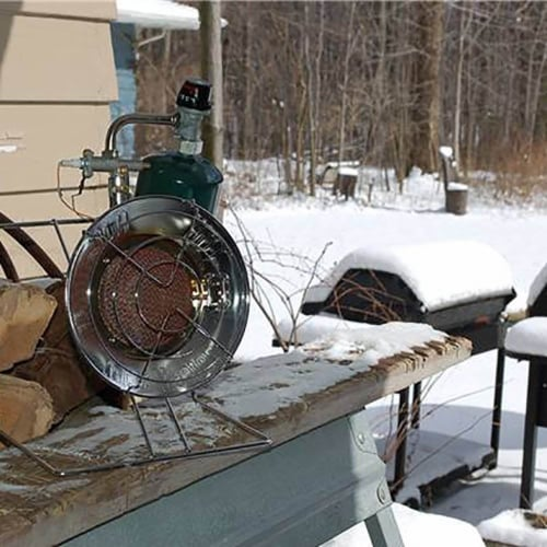 Mr. Heater MH-F242300 15,000 BTU Propane Gas Tank Top Outdoor Heater and Cooker Perspective: top