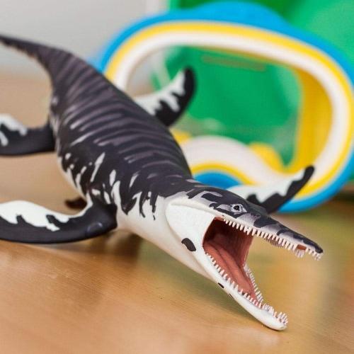 Kronosaurus Toy Perspective: top