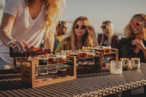 Green Bay Packers - Craft Beer Flight Beverage Sampler Perspective: top