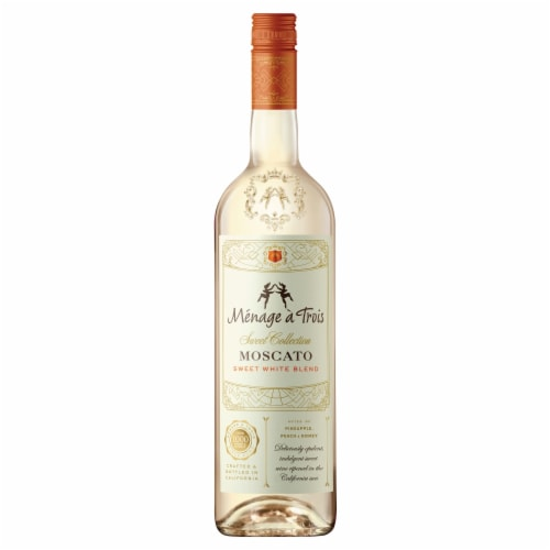 Menage a Trois Sweet Collection Moscato Sweet White Wine 750mL Wine Bottle Perspective: top