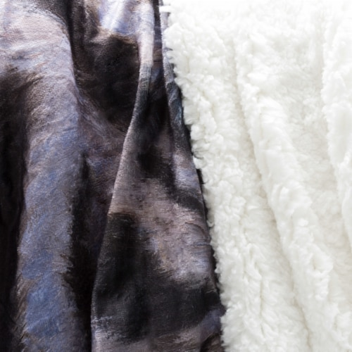 Fluffy Plush Throw Blanket 50 x 60 Inch - White Tiger Print Lightweight Hypoallergenic Bed or Perspective: top