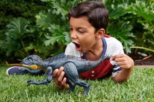 Mattel Jurassic World Slash N Bash Scorpius Rex Action Figure Perspective: top