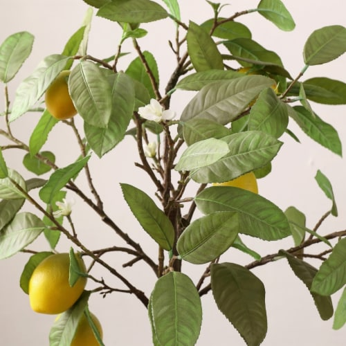 Faux Lemon Potted Tree Perspective: top
