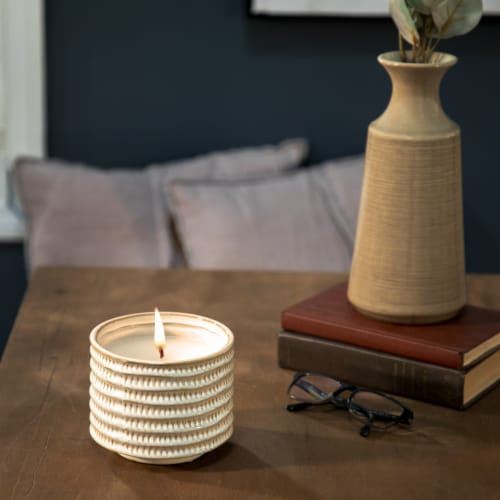 7  ,1 Wick Citronella Candle On Stand, Beige Perspective: top