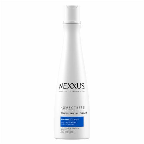 Nexxus® Humectress Ultimate Moisture Conditioner for Dry Hair Perspective: top