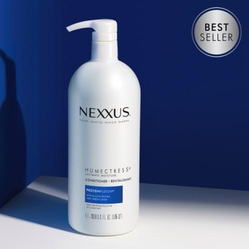 Nexxus Humectress Ultimate Moisture Conditioner Perspective: top