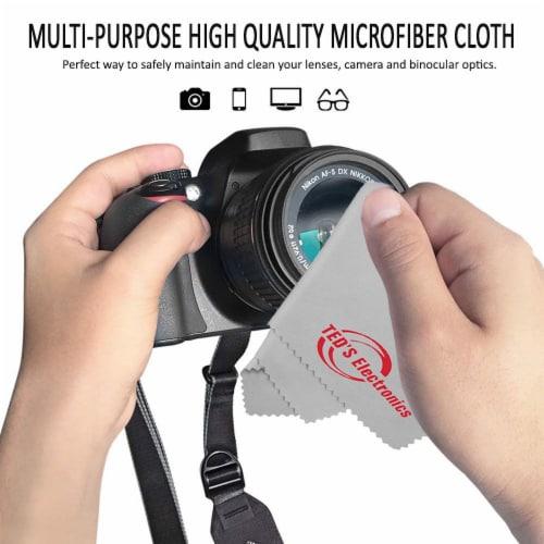 Zoom H8 8-input 12-track Digital Recorder + Mic Accessory Bundle + Bracket Perspective: top