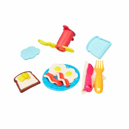 Play-Doh Kitchen Creations Ultimate Chef Play Set Perspective: top