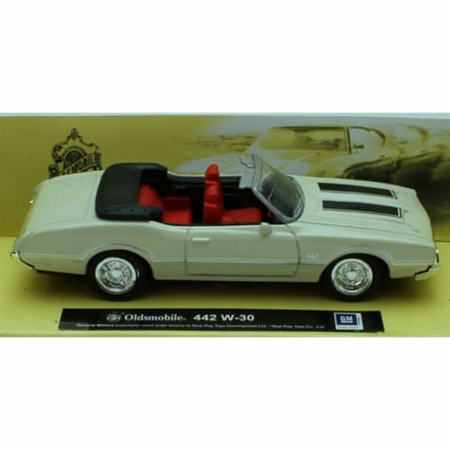 1:43 Scale Die-Cast White Oldsmobile 442 W-30 Perspective: top