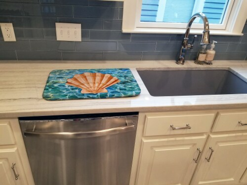 Carolines Treasures  BB5367DDM Scallop Shell and Water Dish Drying Mat Perspective: top