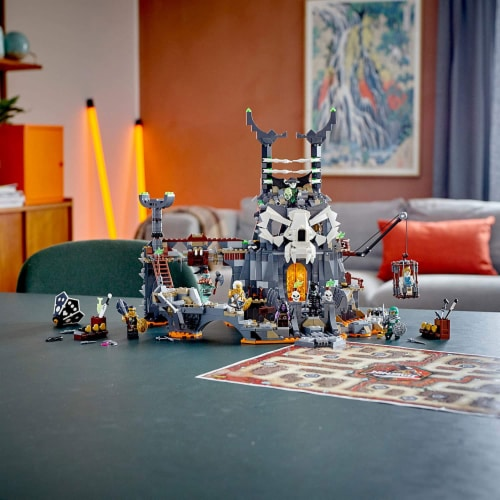 LEGO 71722 NINJAGO Skull Sorcerers Dungeons Playset and Board Game (1171 Pieces) Perspective: top