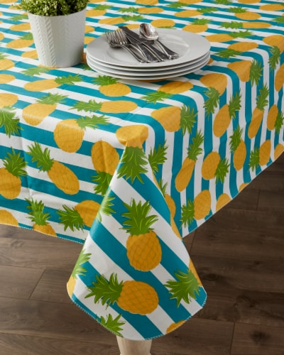 """Dii Pineapple Vinyl Tablecloth 70"""" Round Perspective: top"""