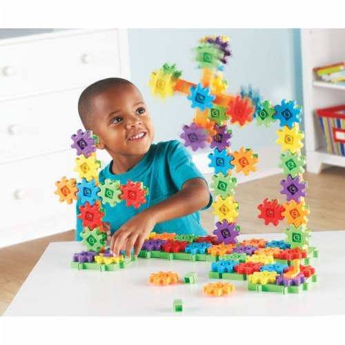Learning Resources® Gears! Gears! Gears! Super Building Set Perspective: top
