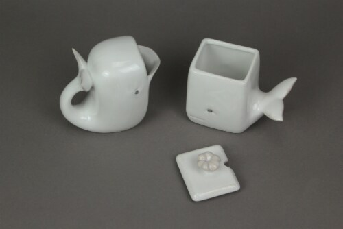 Adorable White Ceramic Whale Sugar and Creamer Set Perspective: top