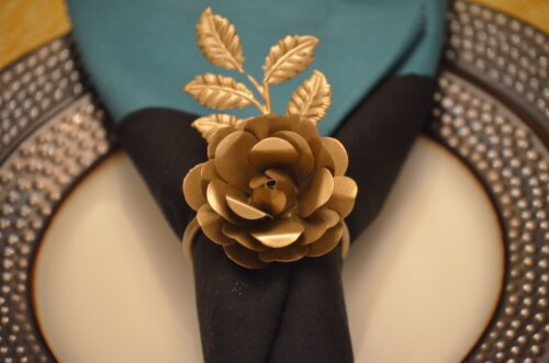 Vibhsa Napkin Rings Set - Golden Rose Perspective: top