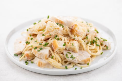Home Chef Meal Kit Chicken Scampi Spaghetti With Lemon And Ciabatta Croutons Perspective: top