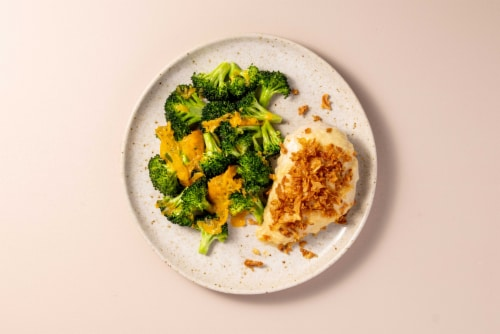 Home Chef Oven Kit Creamy Garlic Chicken with Cheddar Broccoli Perspective: top