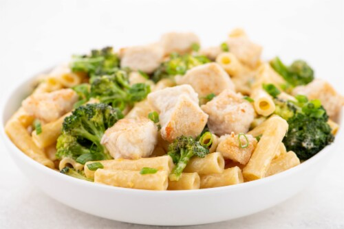 Home Chef Meal Kit Crispy Chicken With Broccoli Cheddar Mac And Cheese Perspective: top