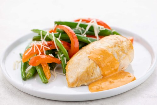 Home Chef Meal Kit Chicken And Red Pepper Cream With Garlic Green Beans Perspective: top
