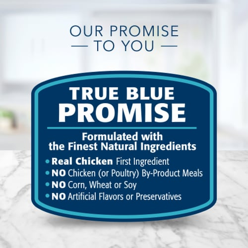 Blue Buffalo Tastefuls Flaked Chicken Entree in Gravy Wet Cat Food Perspective: top