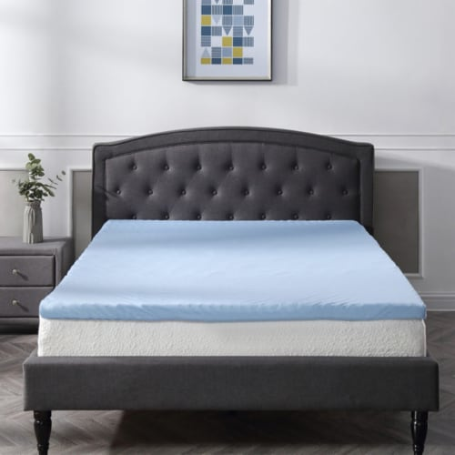 Classic Brands Cool Cloud 3 Inch Memory Foam Mattress Topper with Cover, King Perspective: top
