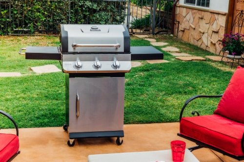 Dyna-Glo Premier 3-Burner Propane Gas Grill Perspective: top