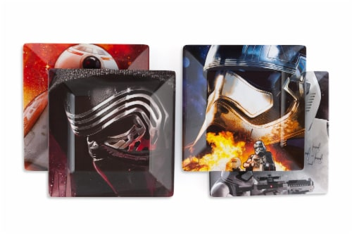 Star Wars Melamine Plate Set - 4 Pieces - Stormtrooper, Kylo Ren, and BB8 Perspective: top