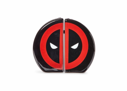 Marvel Deadpool Salt and Pepper Shakers Perspective: top