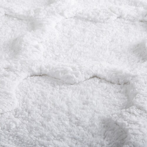 Lavish Home 100% Cotton Trellis Bathroom Mat - 24x60 inches - White Perspective: top