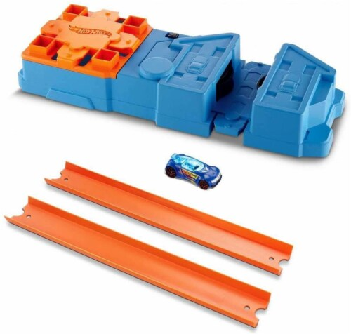 Hot Wheels Track Builder Booster Pack Playset, Multicolor (GBN81) Perspective: top