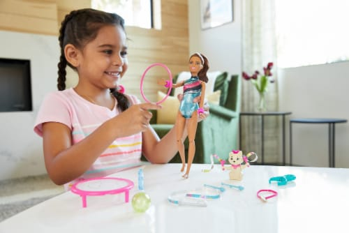 Mattel Barbie® Dreamhouse Adventures Spin 'n Twirl Gymnast Doll and Accessories Set Perspective: top