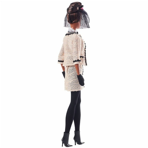 Barbie Fashion Model Collection Best To A Tea Doll with Boucle Suit Ensemble Perspective: top