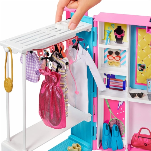 Barbie Dream Closet Fashion Wardrobe Storage with Clothes and Accessories, Pink Perspective: top