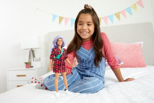 Mattel Barbie® Fashionistas Doll Perspective: top
