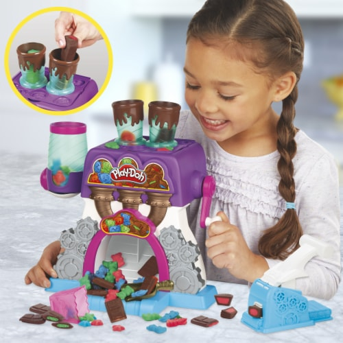 Play-Doh Kitchen Creations Candy Delight Playset Perspective: top