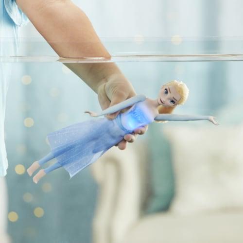 Disney Frozen 2 Splash & Sparkle Elsa Doll Perspective: top