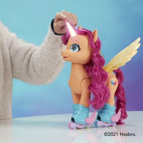 My Little Pony Sing 'N Skate Sunny Starscout Perspective: top