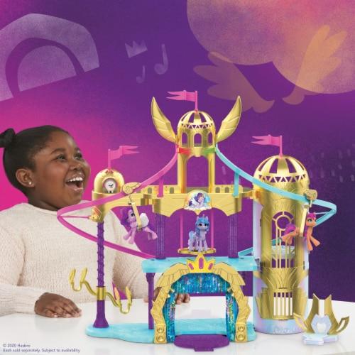 Hasbro My Little Pony: A New Generation Princess Petals & Cloud Puff Royal Racing Ziplines Playset Perspective: top