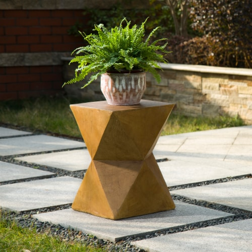 Glitzhome Multi-Functional Faux Wood Garden Stool Plant Stand Perspective: top