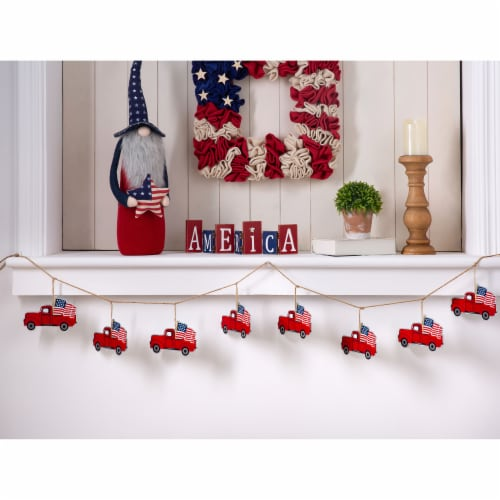 Glitzhome American Patriotic Metal Red Truck Garland Perspective: top