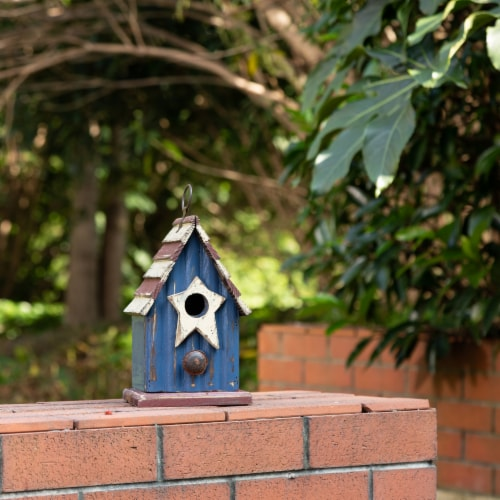 Glitzhome Wooden and Metal Rustic Patriotic Style Outdoor Garden Birdhouse Perspective: top