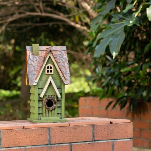 Glitzhome Distressed Solid Wood & Metal Birdhouse Perspective: top