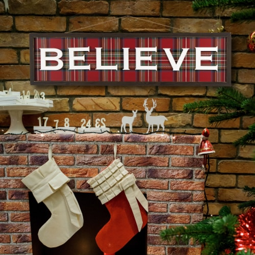 Glitzhome Believe Plaid Wooden Wall Sign Perspective: top