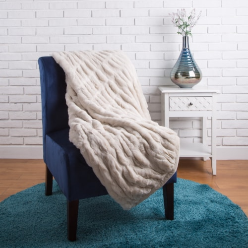Glitzhome Thick Faux Fur Luxury Elastic Throw Blanket - Beige Perspective: top
