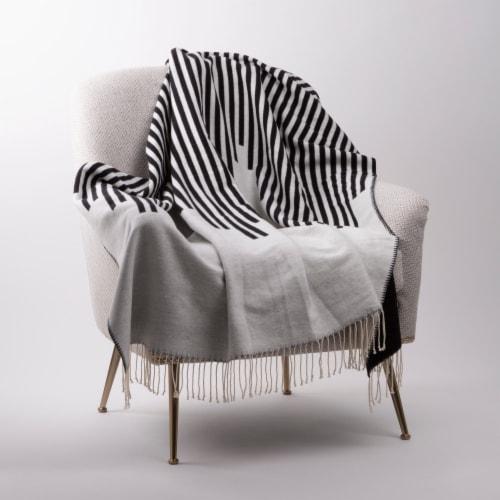 Glitzhome Woven Cotton Geometric Jacquard Tassel Throw Blanket Perspective: top