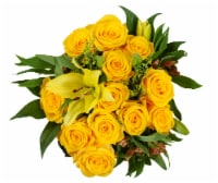 BLOOM HAUS™ Elegant Yellow Rose Boquet
