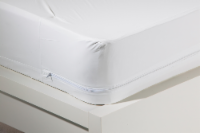 Rest Right Antimicrobial Waterproof Zippered Mattress Protector - White - Twin