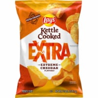 Lay's Kettle Cooked Extra Extreme Cheddar Flavored Potato Chips - 7.75 oz