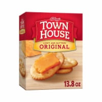 Town House Snack Crackers Original