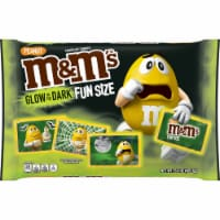 M&M's Fun Size Peanut Chocolate Candies Glow in the Dark Trick-or-Treat-Packs